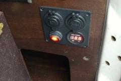 Strom für Kühltruhe 2 - landcruise.aholic.ch